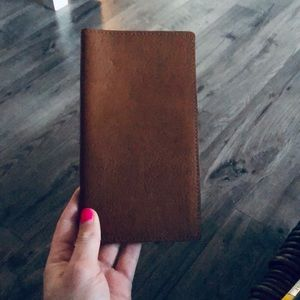 M0851 Large Leather Passport Holder
